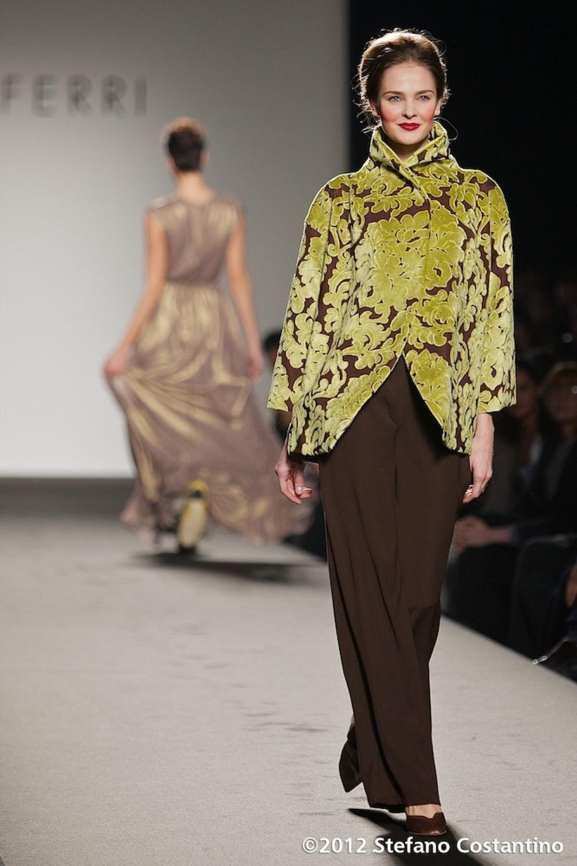 20120128 - MODA - ROMA: ABITI 'INDOSSABILI' E BALLERINE PER MARTA FERRI. Gli abiti della collezione autunno/inverno 2012-2013. PHOTO: STEFANO COSTANTINO