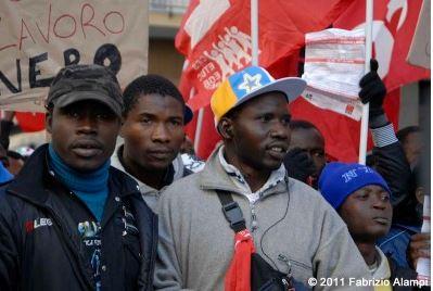 migranti Corso Garibaldi