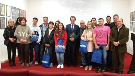 Foto di gruppo con i greci
