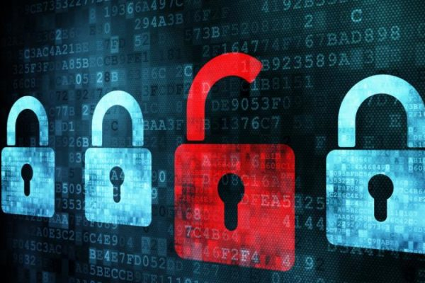 Pericolo hacker su ogni dispositivo per falla nel Wi-fi
