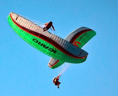 Parapendio acrobatico
