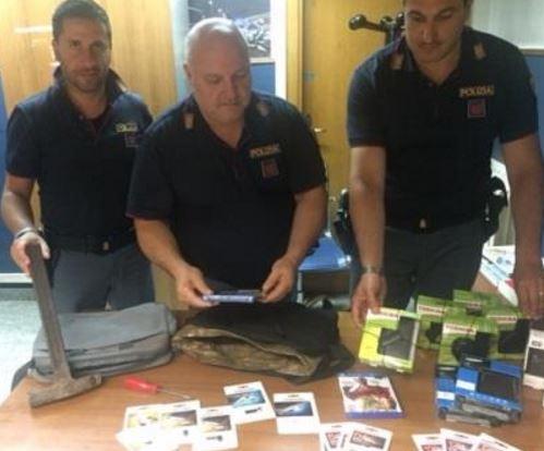 Polizia sequestro banda hard disk