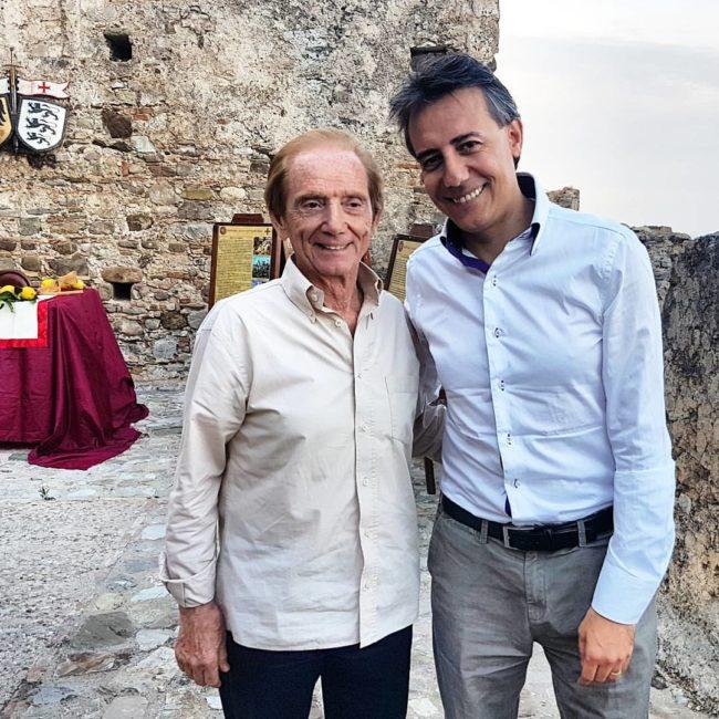 Palermo, danni alla statua di Giovanni Falcone: città sconvolta
