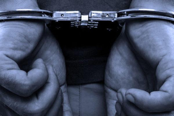 Rosarno, arrestato 34enne pregiudicato sorpreso in possesso di droga